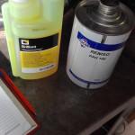 Добавление масла и UV-маркера